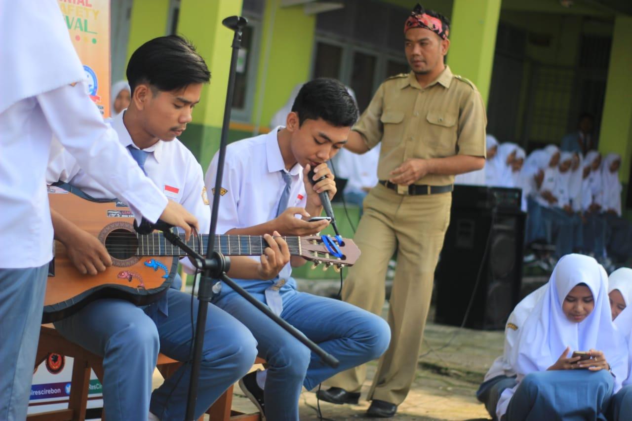 Kemeriahan Acara Pesantren Millenial di Ponpes Manba'ul 'Ulum
